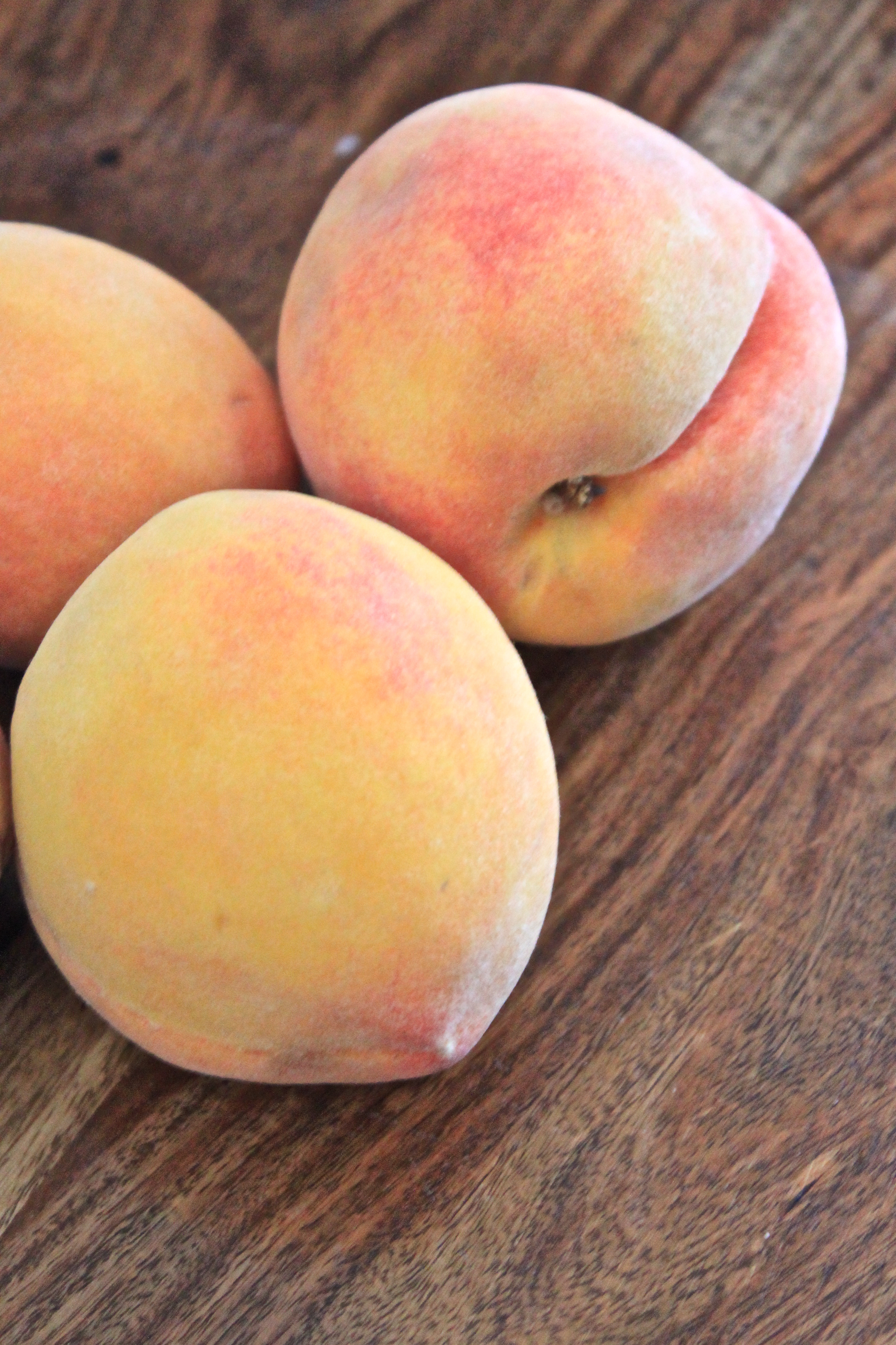 Adoring Stone Fruit: Tres Leches with Poached Peaches   fête
